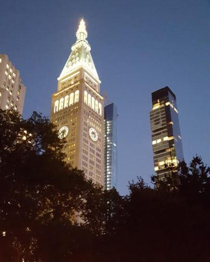 met-life-clock-tower